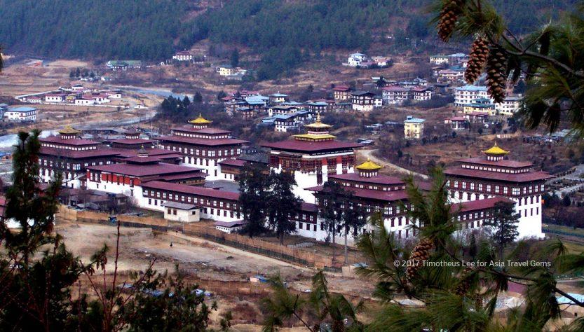 Tashichho Dzong as seen from afar