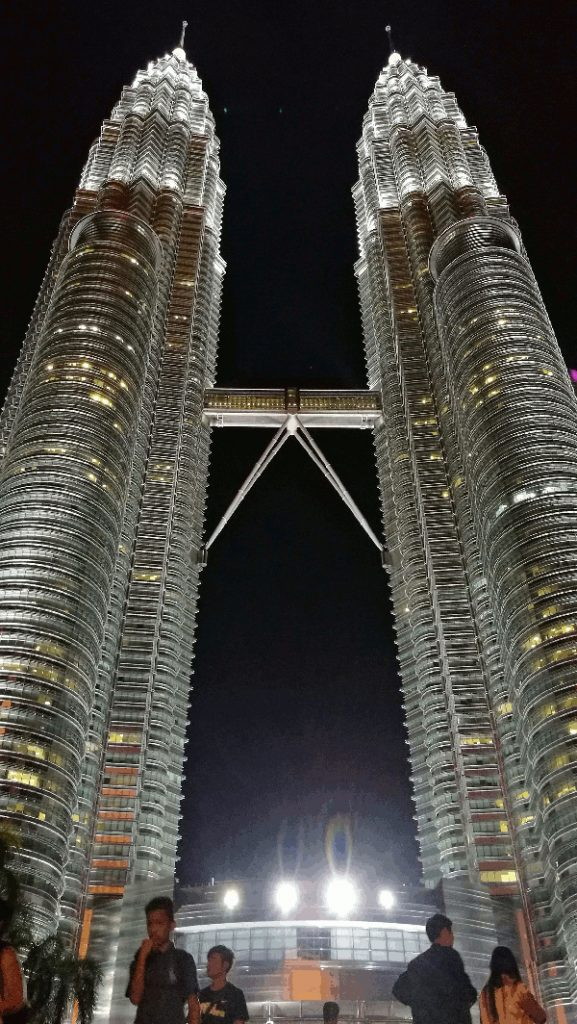 Best Places To Visit In Kuala Lumpur - the Petronas Twin Towers at night
