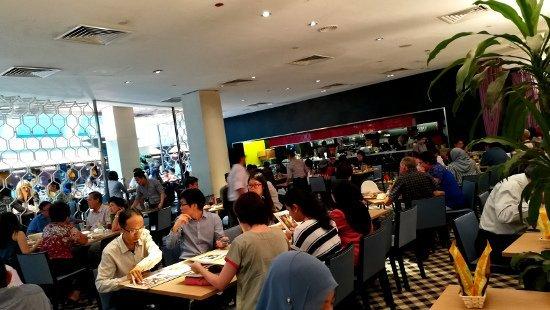 Best Places to Eat In Kuala Lumpur - Madam Kwan KLCC - Inside Restaurant