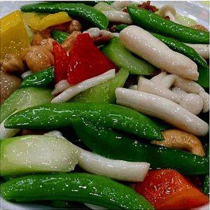 Good Food In Hong Kong - Asparagus with Mixed Mushroom and Cashews