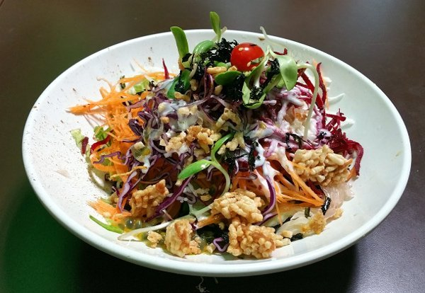Best Places To Eat In Singapore - New Green Pasture Cafe - Rainbow Salad with Charcoal Noodles -  The Best Organic Vegetarian Cafe in Singapore - click image to find out where?