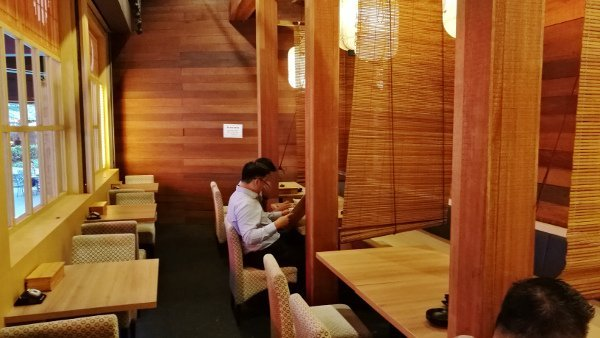 Best Places To Eat In Kuala Lumpur - Kinjuku SetiaWalk Mall Review - Dining Area with more privacy