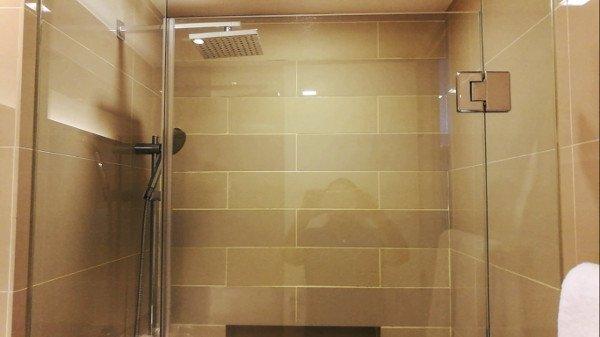 Kuala Lumpur Hotels - Ramada Suites Kuala Lumpur City Centre - Rain Shower