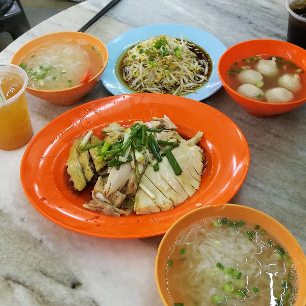 A delicious and full meal - Chicken with Bean Sprouts, Hor Fun (Flat white noodles), and meat balls in soup - Click on Image to Read More