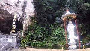 Things To Do In Ipoh - Kek Look Tong (極樂洞) - Kuan Yin pond near entrance