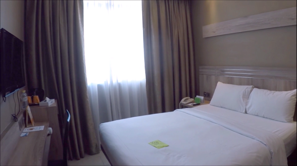 The small yet comfortable room in Cititel Express Penang, one of the Penang Hotels