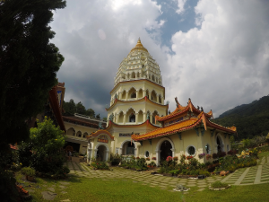 Pagoda of Ten Thousand Buddhas