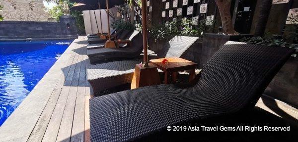 La Villais Kamojang Seminyak Deck Chairs at Main Pool