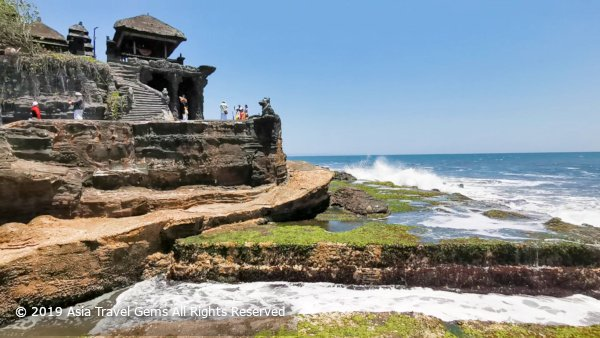 Tanah Lot Temple Has Many Awesome Views