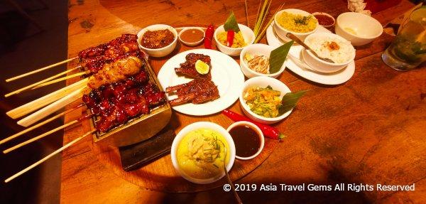 Warung Nia - Delicious Balinese Rijsttafel